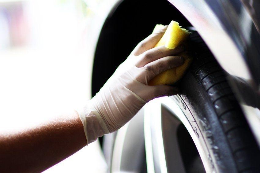 Autopflege-Service